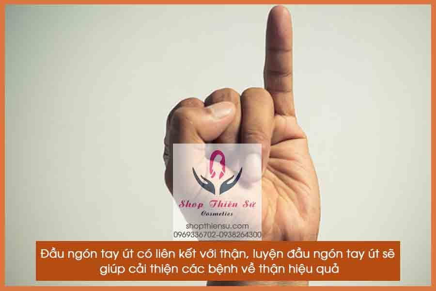 Bấm huyệt chữa bệnh thận luyện đầu ngón tay út